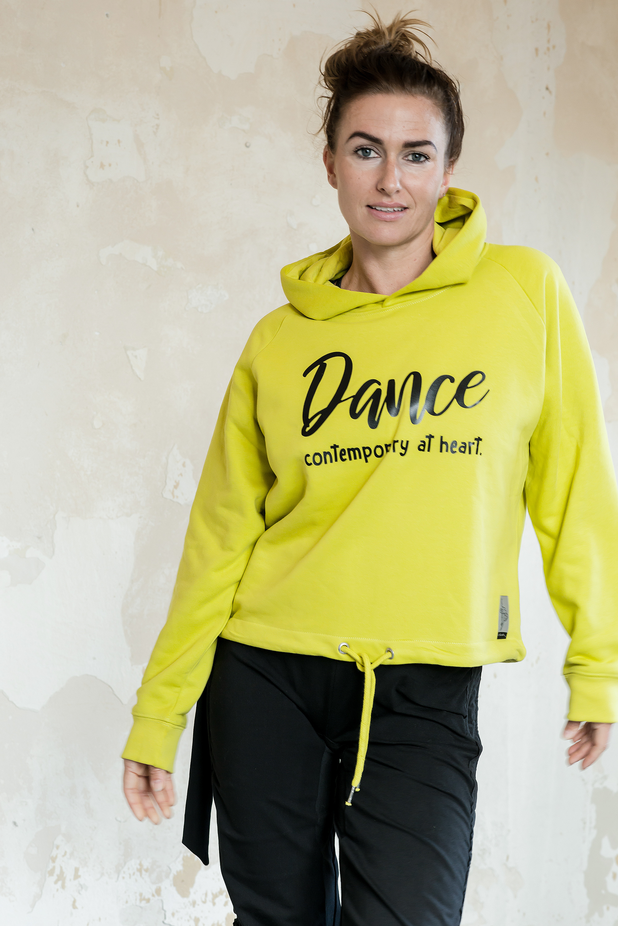 Cropped Hoodie Bio Fair Vegan Lime Dance Contemporary at heart Closh